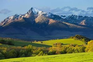 lente in de bergen