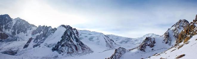 montañas altas foto