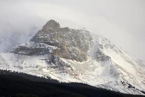 jaspe, alberta majestuosa montaña