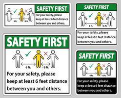 Keep 6 Feet Distance Sign Set