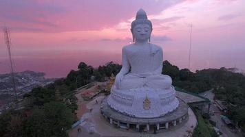 gros Buddha