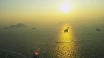 vista aerea navi nautiche tramonto hong kong video