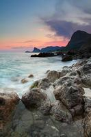 puesta de sol en la playa del océano