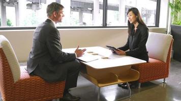 reunión de negocios informal video