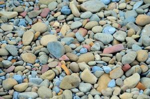 guijarros en la playa foto