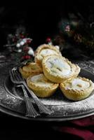 Frosted Mince Pies