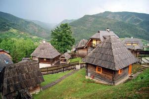 vieilles maisons à drevengrad