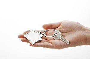 mano con llave foto