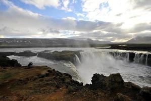cascada de godafoss-islandia foto