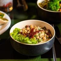 Chickpeas and lettuce dish