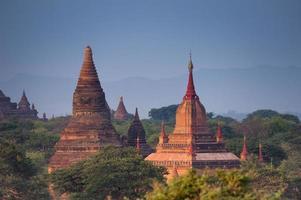 tample in Bagan , Myanmar photo