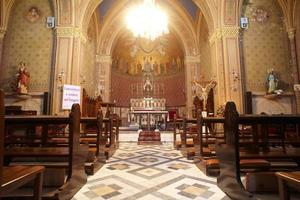 iglesia de villa revoltella en trieste foto