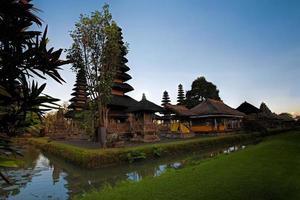 Pura Taman Ayun Bali temple photo
