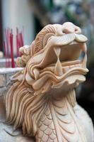 urna de incenso em mármore, sala de reuniões de phuc kien, hoi an, vietnã