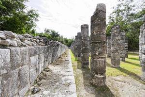 ruines mayas de chichen itza, mexique.