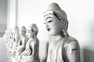 estátuas de buda