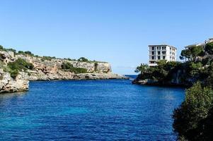 entrada del puerto, cala figuera, mallorca, mar mediterráneo. foto