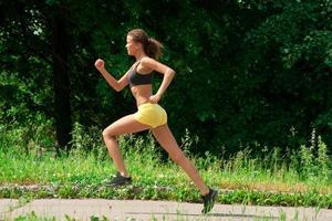 atleta, mujer, jogging, aire libre