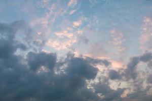 bewolkte luchten