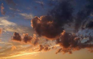 nube humeante vibrante foto
