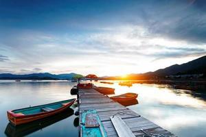 valle de pesca de hong kong al atardecer foto