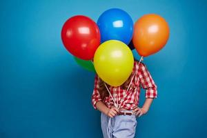 Showing balloons photo
