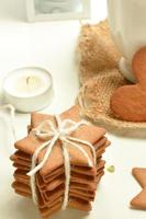 Gingerbread with hot cocoa and candles