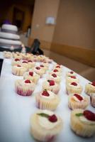 pastelitos de boda foto