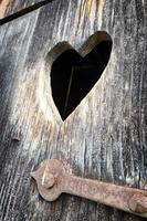 corazón de madera foto