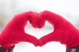 Making heart symbol photo