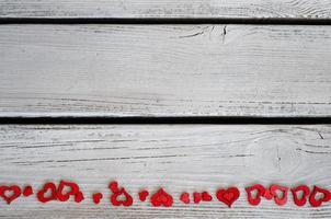 San Valentino sfondo cuori legno bianco
