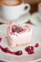 heart-shaped valentine cake