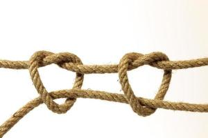 Double Heart-Shaped Knotted Hempen Rope