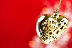 corazón de oro adornado foto