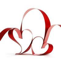 cintas de corazón rojo foto
