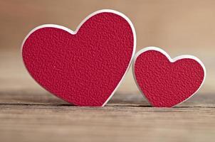 Fondo del día de San Valentín con dos corazones. foto