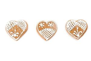 Gingerbread hearts on white