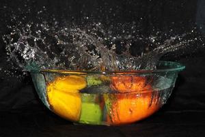 água frutada.