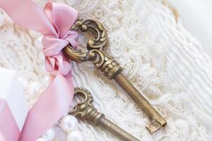 gift box and keys photo