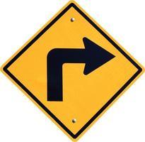 gire a la derecha, señal de tráfico amarilla
