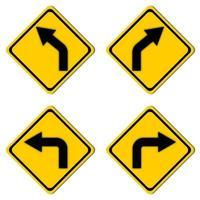 conjunto de señales de carretera de advertencia