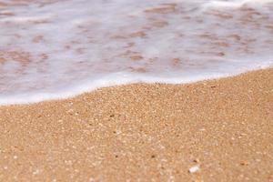 la orilla del agua foto
