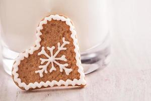gingerbread cookie and milk