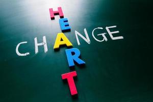 Cambiar el concepto de corazón en la pizarra foto