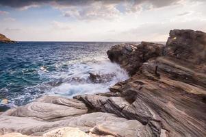 Fotos costeras de la isla de Andros en Grecia