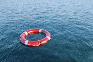 salvavidas en el mar