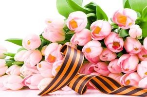 George ribbon and pink tulips