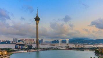 Torre di Macao e ponte di Macao dal giorno alla notte lasso di tempo della città di Macao Cina