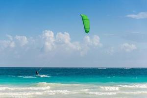 Kitesurf at Tulum, caribbean. Traveling Mexico water sport.