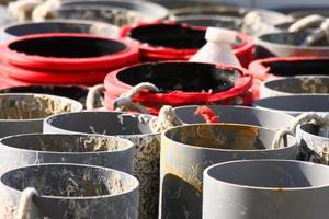 tubos de pvc gris foto